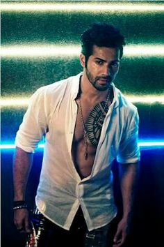 Hot and sexy varun dhawan Cute Celebrities, Bollywood Celebrities, Celebs, Varun Dhawan Instagram, Varun Dhawan Wallpaper, Alia Bhatt Varun Dhawan, Alia And Varun, Actors Images, Sushant Singh