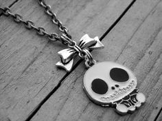 Hey, I found this really awesome Etsy listing at https://www.etsy.com/listing/234633093/jack-skellington-necklace-the-nightmare