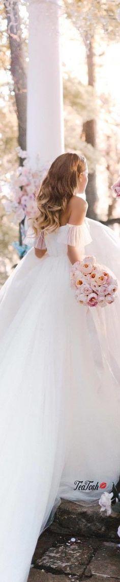 My Perfect Wedding, Dream Wedding, Wedding Day, Bridal Elegance, Bridal Gowns, Wedding Dresses, Bridal Show, Glamorous Wedding, Wedding Styles