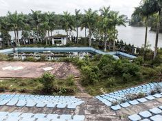 http://allday.com/post/8324-this-abandoned-water-park-has-been-reclaimed-by-the-vietnamese-jungle/pages/3/