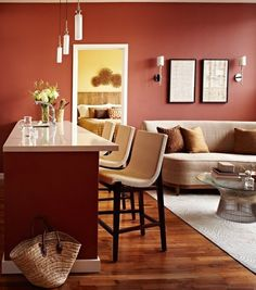 Color Rules: 4 Very Versatile Colors for Any Room 2. Red adds a lot of energy and passion, but red can be calming in the right space. The rules for red: Use small doses. Try less saturated shades. Keep everything else white.