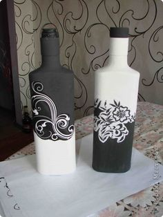 Hello dear people of the masters of the country.  I really liked the work in black and white theme, in particular the work Natys'a.  Big thank you to her for the idea.  I just want to show how I made such a bottle, can someone come in handy in my experience.  photo 1