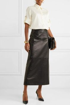 Aquazzura Purist 95 Croc-effect Leather Pumps - Black , Sydney Fashion Blogger, Givenchy Shirt, Maxi Outfits, Corporate Fashion, Evening Outfits, Leather Pumps, Leather Midi Skirt, Work Wardrobe, Classy Women