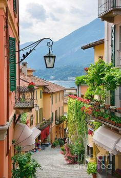 Picturesque small town street view in Bellagio, Lake Como in Italy. Can't wait to see Italy one day. Places To Travel, Places To See, Travel Destinations, Travel Around The World, Around The Worlds, Comer See, Lake Como Italy, Italy Travel Tips, Dream Vacations