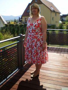 Le top A du mag. Fait Main 04/1013 transformé en robe > Byséverine