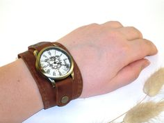 Vintage brown leather watches for women Handmade Genuine Leather wrist Watch, can be made with a strap or bracelet for the watch!