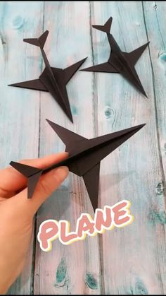 Cool Paper Crafts, Paper Mache Crafts, Easy Arts And Crafts, Paper Crafts Origami, Fun Diy Crafts, Diy Paper, Disney Drawing Tutorial, Instruções Origami, Paper Crafts Magazine