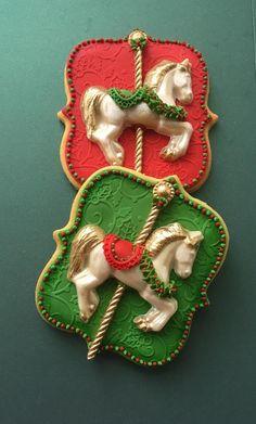 Christmas Carousel Cookies by Lorena Rodríguez Christmas Sugar Cookies, Christmas Cupcakes, Christmas Sweets, Christmas Goodies, Iced Cookies, Cupcake Cookies, Cookies Et Biscuits, Circus Cookies, Horse Cookies