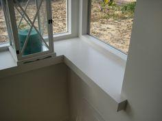Vensterbank van hout Alcove, Interior, Alcove Bathtub, Windows, Window Sill, Parapet, Interior Design, Industrial Kitchen, Bathtub