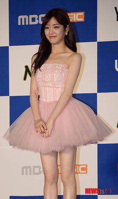 นักแสดงสาว ลียูบี ในงาน '2013 Melon Music Award'...