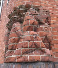 Weblog Paulus Jansen » Bouwen met idealen School Architecture, Modern Architecture, Art Nouveau, Art Deco, Amsterdam School, Brick Art, Brick In The Wall, Zaha Hadid, Gaudi