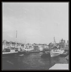 Old Photos, Paris Skyline, Explore, Travel, Old Pictures, Vintage Photos, Viajes, Old Photographs, Destinations