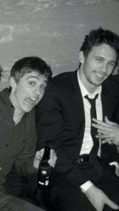 James and Dave Franco. Look how you g Dave looks! Aw