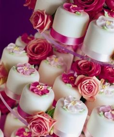Cupe wedding cake