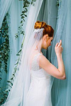 Schleier mit Spitze zum Brautkleid mit Spitze im Boho Stil (www.noni-mode.de - Foto: Le Hai Linh)