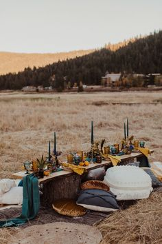 La Tavola Fine Linen Rental: Tuscany Turquoise Table Runner with Velvet Tamarind Napkins | Photography: Kay Kroshus Photography, Planning & Styling: Forget Me Knot Events & Design, Florals: Love & Lupines, Paper Goods & Calligraphy: Pretty Written Things, Venue: Squaw Valley Stables, Rentals: Lucky Burro