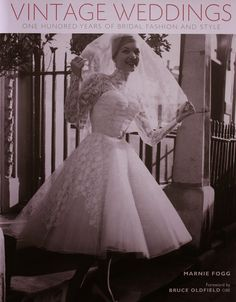Vintage inspired wedding dresses and vintage style wedding gowns inspired by the and New vintage wedding dresses for you. Glamour Vintage, Old Hollywood Glamour, Vintage Inspired Wedding Dresses, Wedding Dress Trends, Vintage Dresses, Vintage Weddings, Lace Weddings, Vintage Clothing, Bridal Gowns