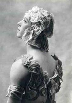 Le spectre de la rose (1911) - Danza Effebi