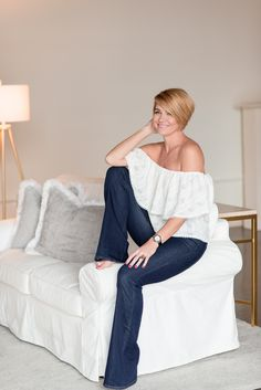 Popular Indianapolis lifestyle blogger is all about Reflections right now as she shares her Year in Review. Click here now to read more now!