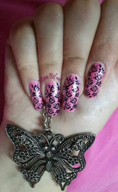 """""""The butterfly effect"""" DRK-B #NOTD #Nails #NailArt #Nail #Art #Stamping #NailStamping #Polish #Pink #Butterflies #Necklace #Glitter"""