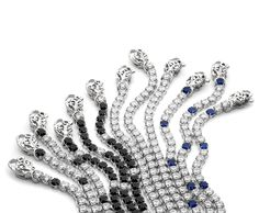 Bracciali in tennis in argento 925 con cubic zirconia bianchi, cubic zirconia blu e spinelli neri. 925 silver tennis bracelet with white and blue cubic zirconia and black spinels. #jewels #MadeinItaly #ItalianPassion #DolceVita #collezioneVenere #tennisbracelet #shiny