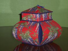 Diy And Crafts, Arts And Crafts, Chinese Lanterns, Cardboard Crafts, Origami, Decorative Boxes, Paris, Inspiration, Handmade Boxes