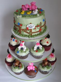 My farm cake and cupcakes... again! | I love making this cak… | Flickr