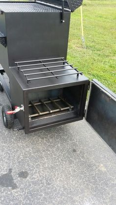 TSI -40 Reverse Flow smoker with insulated firebox #topshot #bbq #smoker