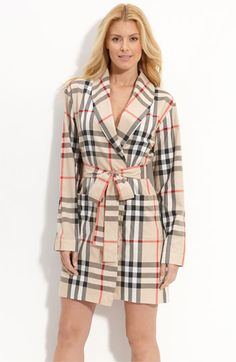 Burberry Check-Print Robe - want! High Fashion, Winter Fashion, Womens Fashion, Burberry Plaid, Nightwear, Dress To Impress, Tartan, Trendy Outfits, Lounge Wear