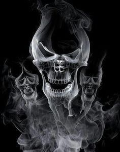 Dark art: Skull Smoke