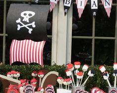 Oro y negra centro de mesa de barco pirata o pastel de