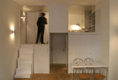 A Small Office Becomes a Private Apartment Photo