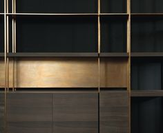 Double depth bookshelf Structure Square brass pipe structure, 1,5 x 1,5 cm – P. 35/45 cm. Finish Finish hand-burnished using traditional techniques. Shelves in 5 cm thick solidwood and 0,8 cm thick brass. Storage units and back panels, sp. 2 cm. Finished in heat-treated Black Eucalyptus and Eucalyptus, heat-treated Oak and Swamp oak. Brass finish, …