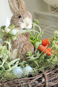 Easy Easter Decor from On Sutton Place #10MINUTEWOW  #DELMONTECONTEST