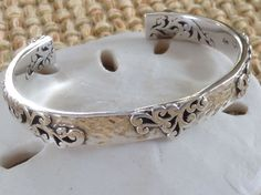 LOIS HILL HAMMERED STERLING SILVER FILIGREE OVERLAY CUTOUT BRACELET/CUFF #LoisHill #Cuff