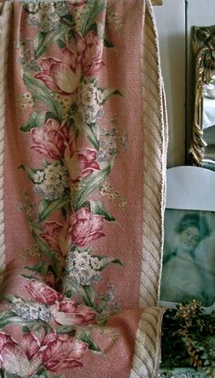 barkcloth curtain panel pink vintage cabbage roses