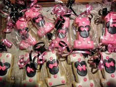 Minnie Mouse sugar cookies with or any numeral Minnie Mouse Cake Pops, Minnie Mouse Theme Party, Minnie Mouse Party Decorations, Minnie Mouse Birthday Cakes, 1st Birthday Party Themes, Baby Girl 1st Birthday, 3rd Birthday, Birthday Ideas, Arya 2