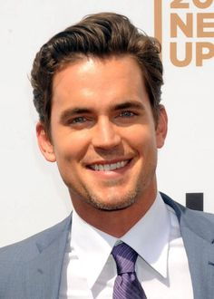 Image from http://www1.pictures.zimbio.com/pc/Matt+Bomer+USA+Upfront+Event+NYC+xLSlbcho2p4l.jpg.