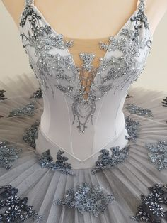 Silver Tutu by JeTutus Tutu Ballet, Ballerina Costume, Ballet Girls, Hip Hop Outfits, Dance Outfits, Dance Dresses, Royal Ballet, Boris Vallejo, Ropa Hip Hop