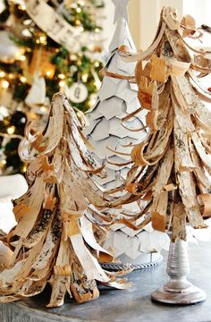 LOVE THE BIRCH BARK TREES!!! New Christmas Decorating Ideas