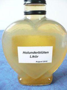 Das perfekte Holunderblüten - Likör-Rezept mit Bild und einfacher Schritt-für-Schritt-Anleitung: Blütendolden ausschütteln ( wegen der kleinen Tierchen )