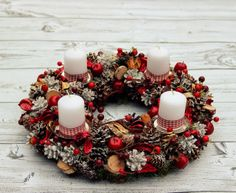Another natural wreath Christmas Advent Wreath, Rustic Christmas, Christmas Holidays, Christmas Crafts, Christmas Decorations, Holiday Decor, Advent Candles, Candle Centerpieces, Potpourri