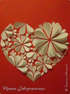 Картина панно рисунок Мастер-класс Валентинов день Аппликация Бумагопластика Панно из сердечек Белое на красном + МК Бумага Клей фото 1