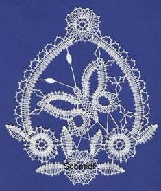 Bobbin Lace Patterns, Lace Heart, Lace Jewelry, Textiles, Lace Making, Lace Detail, Crochet Necklace, Xmas, Butterfly