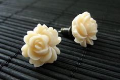 New to StumblingOnSainthood on Etsy: Rose Lotus Flower Earrings in Apricot Cream and Bronze Stud Earrings. Flower Jewelry by StumblingOnSainthood. Handmade Jewelry. (8.00 USD)