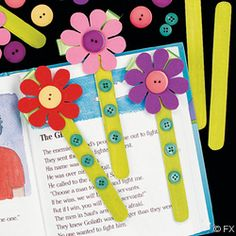 DIY Flower Book Marks easter diy craft crafts easy crafts craft idea diy ideas easy diy kids crafts home crafts diy craft easter crafts Kids Crafts, Summer Crafts, Easter Crafts, Diy And Crafts, Popsicle Stick Crafts, Popsicle Sticks, Craft Stick Crafts, Felt Crafts, Bookmark Craft