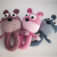 Patrones Amigurumi: Sonajero Oso Crochet Baby Toys, Crochet Animals, Crochet Dolls, Crochet Yarn, Baby Knitting, Modern Crochet, Love Crochet, Crochet For Kids, Crotchet Patterns