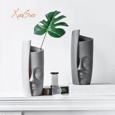 Half Human Face Design Home Decor Creative Ceramic Vase | Etsy Diy Ceramic, Spray Paint Ceramic, Ceramic Painting, Ceramic Vase, Vintage Ceramic, Ceramic Decor, Vintage Pottery, Ceramica Artistica Ideas, Pumpkin Recipes