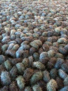 Brink & Campman karpet. Behaaglijk ijsblauw. Extra grote lussen in koele blauwtinten van 100% wol.
