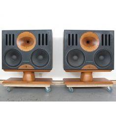 ZINGALI 95-215 Studio Monitor pair Speaker, prices US$ 7200 Fi Car Audio, Pro Audio Speakers, Audiophile Speakers, Horn Speakers, Diy Speakers, Hifi Audio, Woofer Speaker, High Quality Speakers, Speaker Box Design